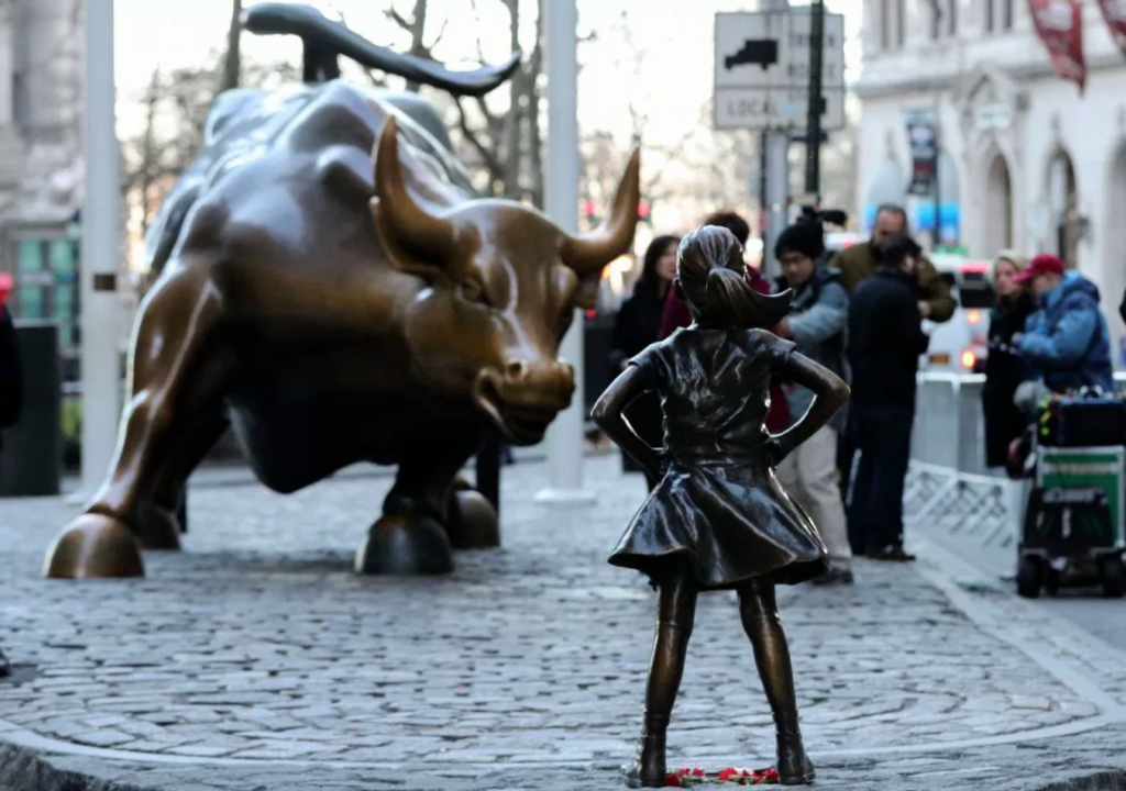 """Douchebag"" Humps Fearless Girl Statue, Walks Away Laughing"