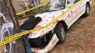 New Jersey Neighbors Call 911 Over Zombie Car Crash Halloween Display