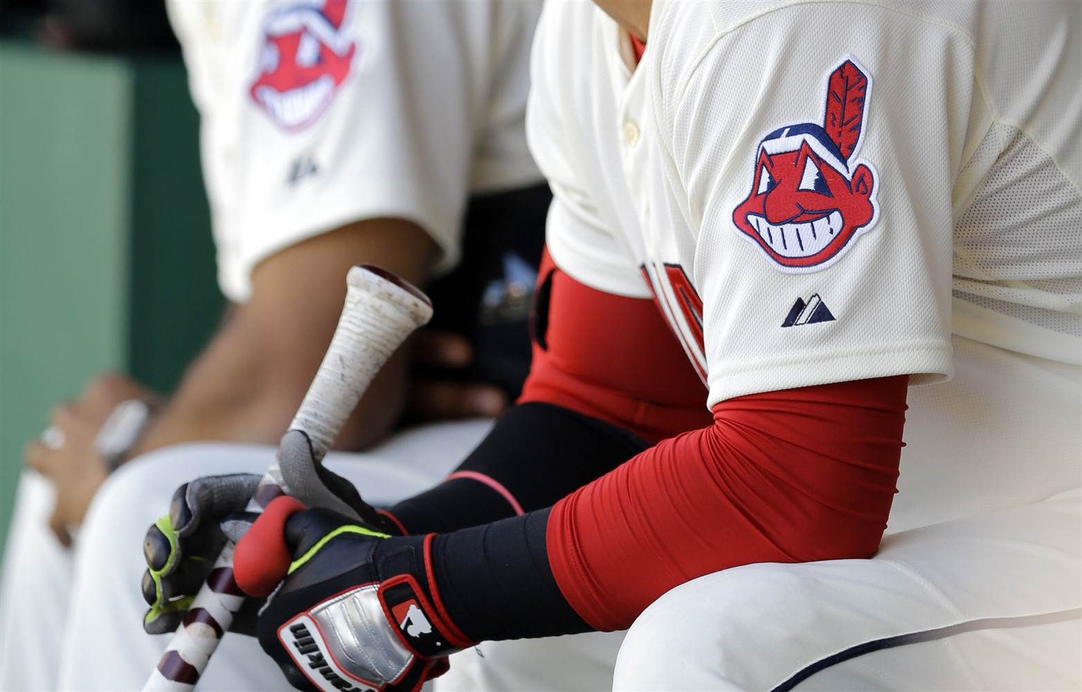 Cleveland Indians Will Bench Polarizing Chief Wahoo Logo In 2019