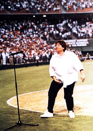 Throwback: Roseanne Barr's Botched Rendition of 'The Star-Spangled Banner'
